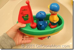 New Toys For Caillou Fans Review