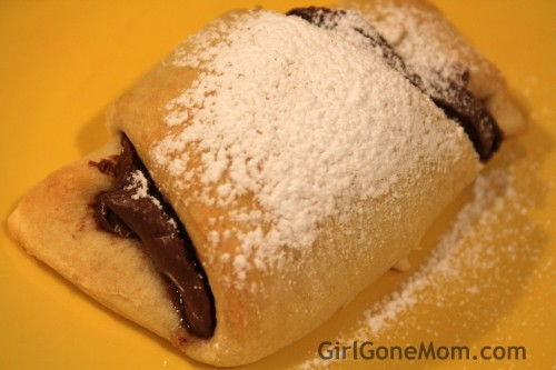 Nutella Banana Croissants | GirlGoneMom.com