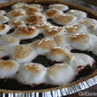 Simple S'mores Pudding Pie!