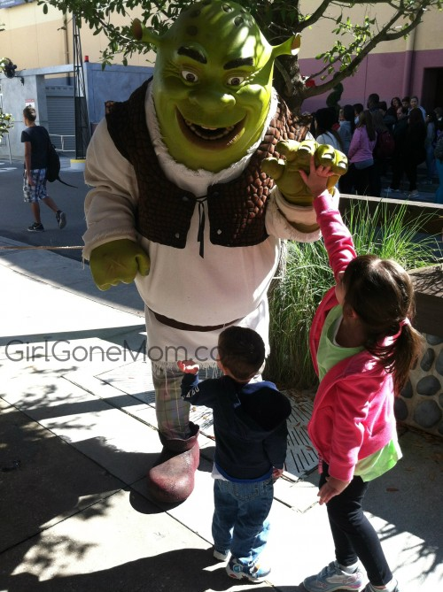 Meeting Shrek: Visiting both parks in a single day at Universal Studios Orlando