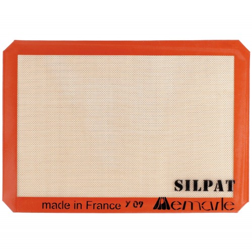 Silpat Mat + 9 Other Essentials for Any Kind of Baker: Great List!