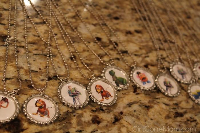 bottle cap necklace favors