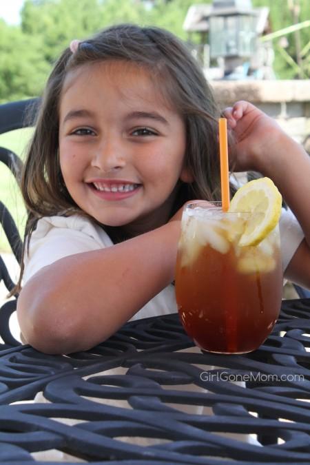 Peach Snapple Iced Tea #BrewOverIce #BrewitUp #Shop