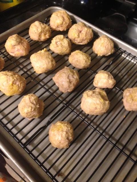 Slow Cooker Buffalo Chicken Meatballs | GirlGoneMom.com