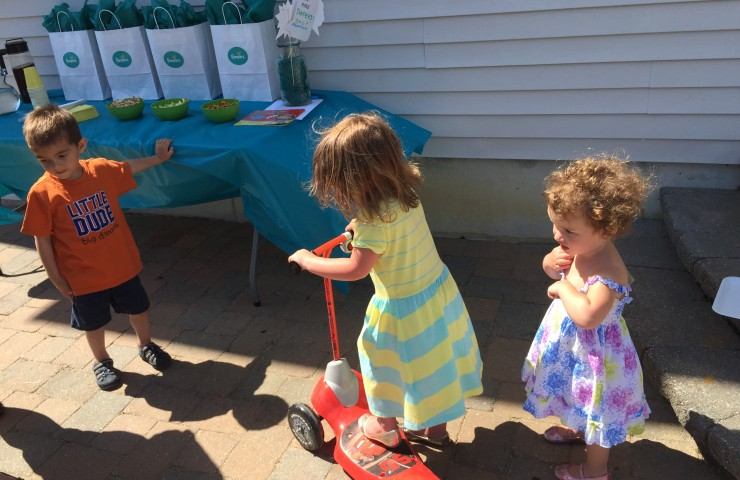 Potty Training with Pampers Easy Ups #PampersEasyUps
