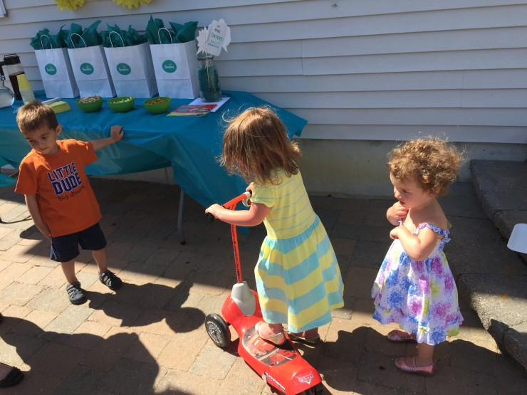 Potty Training with Pampers Easy Ups #PampersEasyUps #ad