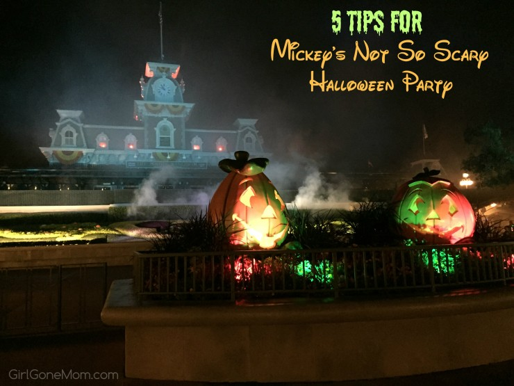 5 Tips for Mickey's Not-So-Scary Halloween Party #DisneySMMoms #DisneySide