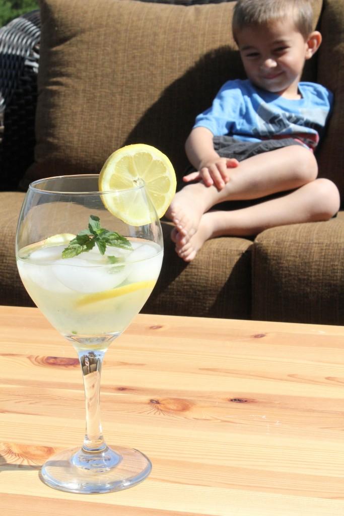 Thirst Quencher's Lemonade #SweetSwaps #IC #ad