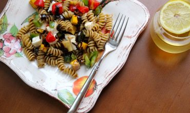 Vegetarian Pasta Salad with Herbed Balsamic and Iced Tea