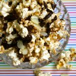 Snack Ideas: Coconut chocolate popcorn