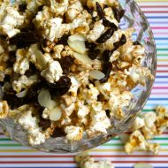 Coconut chocolate popcorn