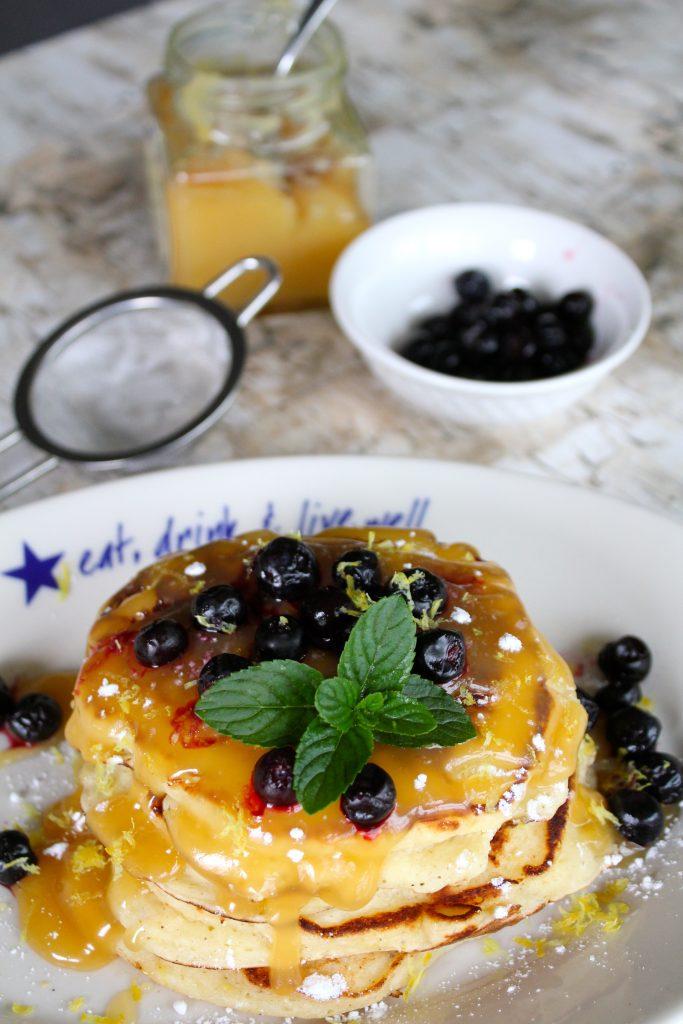Lemon Ricotta Pancakes | GirlGoneMom.com