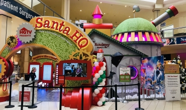 SANTA HQ by HGTV is now at Deptford Mall!