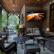How to create an outdoor media room this summer