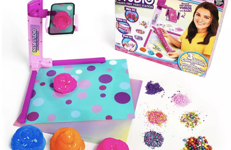 Kids Love Crafting with Activity Kings + Prize Pack Giveaway!